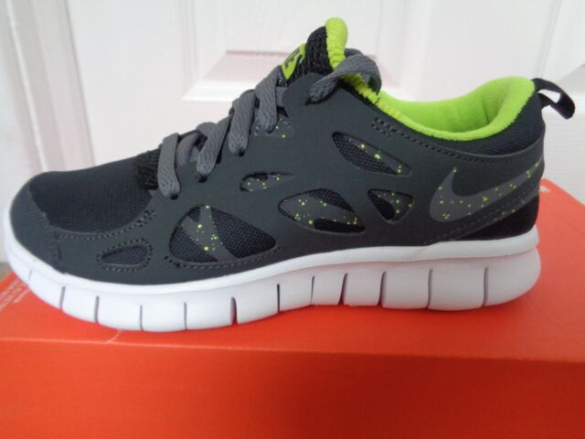 3968bcd23c34 Nike Run 2 (gs) Trainers SNEAKERS 443742 093 UK 3.5 EU 36 US 4 Y for ...