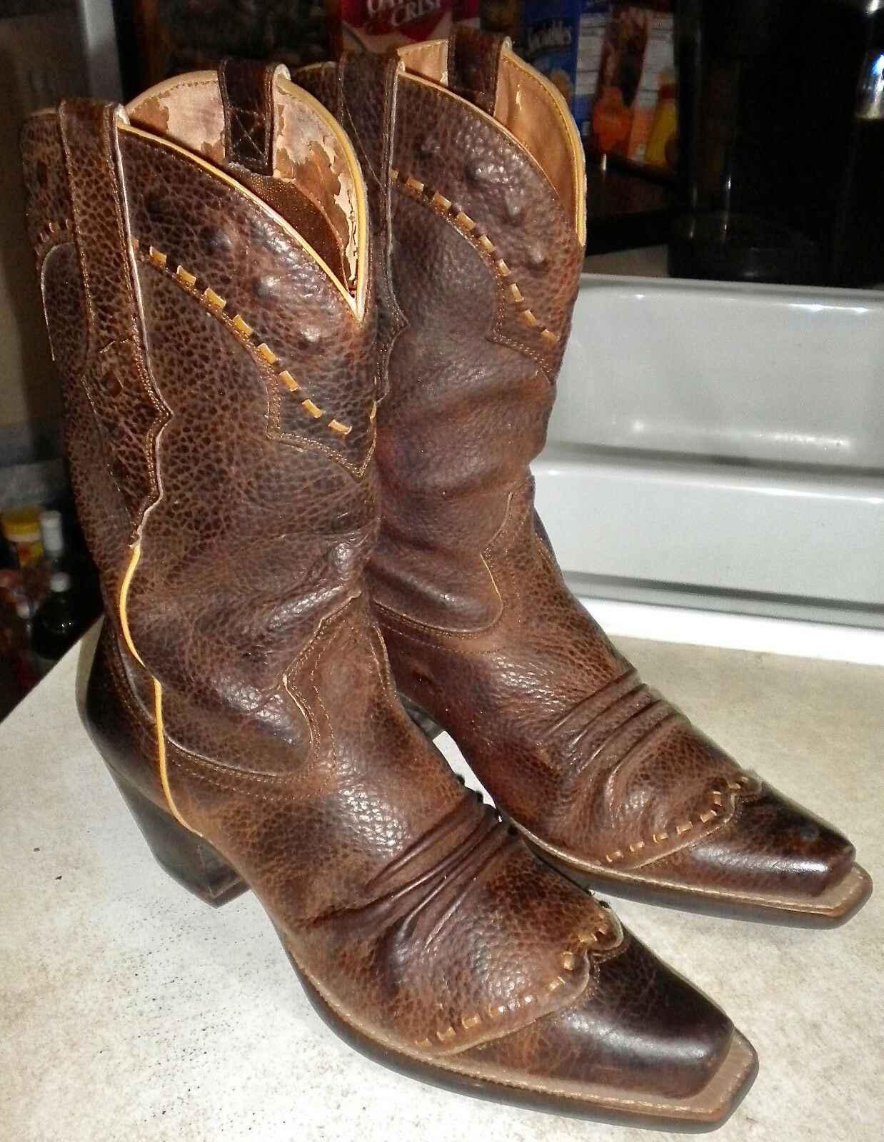 WOMENS 9 B Brown Oiled Rowdy ARIAT Dixie Boot WESTERN BOOTS