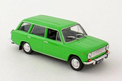 DeAgostini 1//43 /'S/' FSO Warszawa 202A Ambulance Cult Cars of PRL