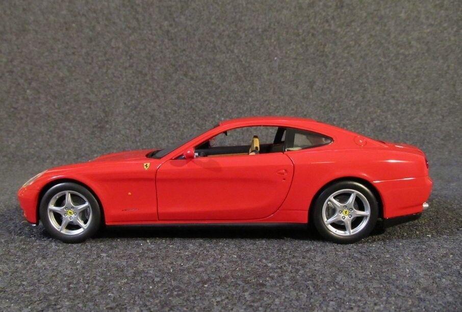 Modelbil, 2004 Ferrari 612 Scaglietti, skala 1:18