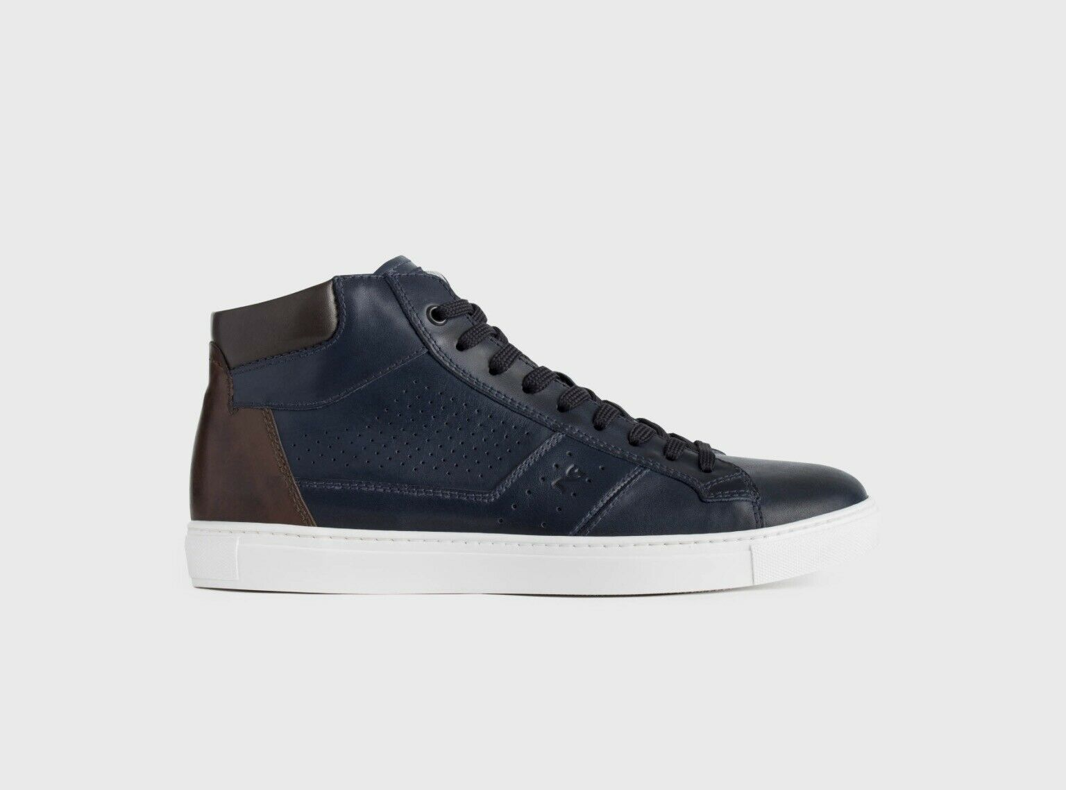 Shoe Sneaker Casual Leather Men New Collection NeroGiardini P900981U Only 40