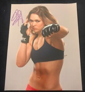 RONDA ROUSEY 8X10 PHOTO WRESTLING PICTURE WWE