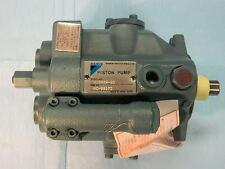 New Daikin V Series Hydraulic Piston Pump V15a2r 95 Nib