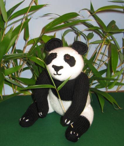 GIANT PANDA TOY ANIMAL BEAR KNITTING PATTERN PRINTED INSTRUCTIONS