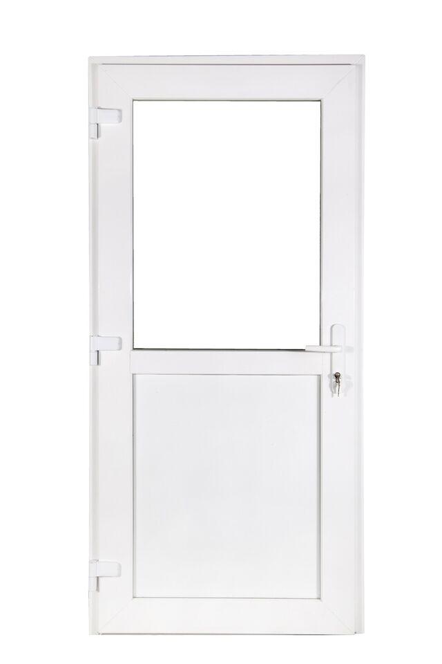 Plastdør fra 1650 kr vinduer fra 495