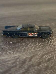Husky-models-9-Buick-Electra-POLICE-PATROL-CAR-MADE-in-Gran-Bretagna