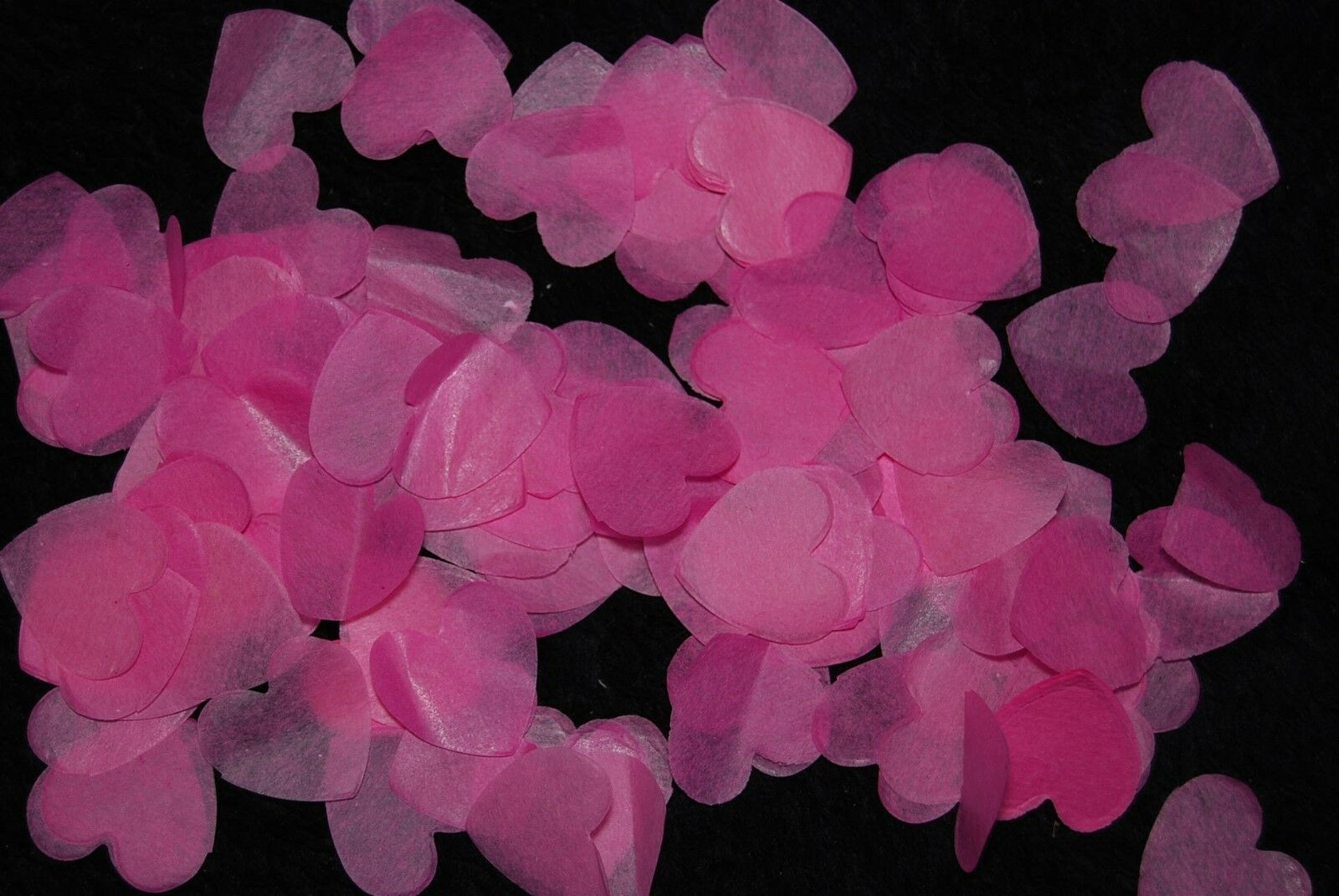 HOT rosa Rosso Ciliegia aggiungere Diverdeente Coriandoli-Amore Cuore bio-degradabili aggiungere Ciliegia coni fd0ecc