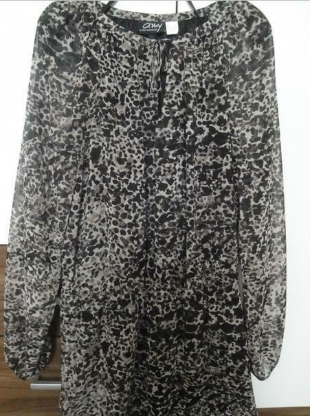 Schönes Amy Vermont Kleid  in Gr.40. | Hochwertige Materialien  | Schönes Design  | Zürich Online Shop