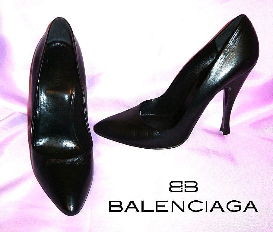 BALENCIAGA  black leather classic heels  US  8 ; EUR  38 ; UK  5  AUTHENTIC
