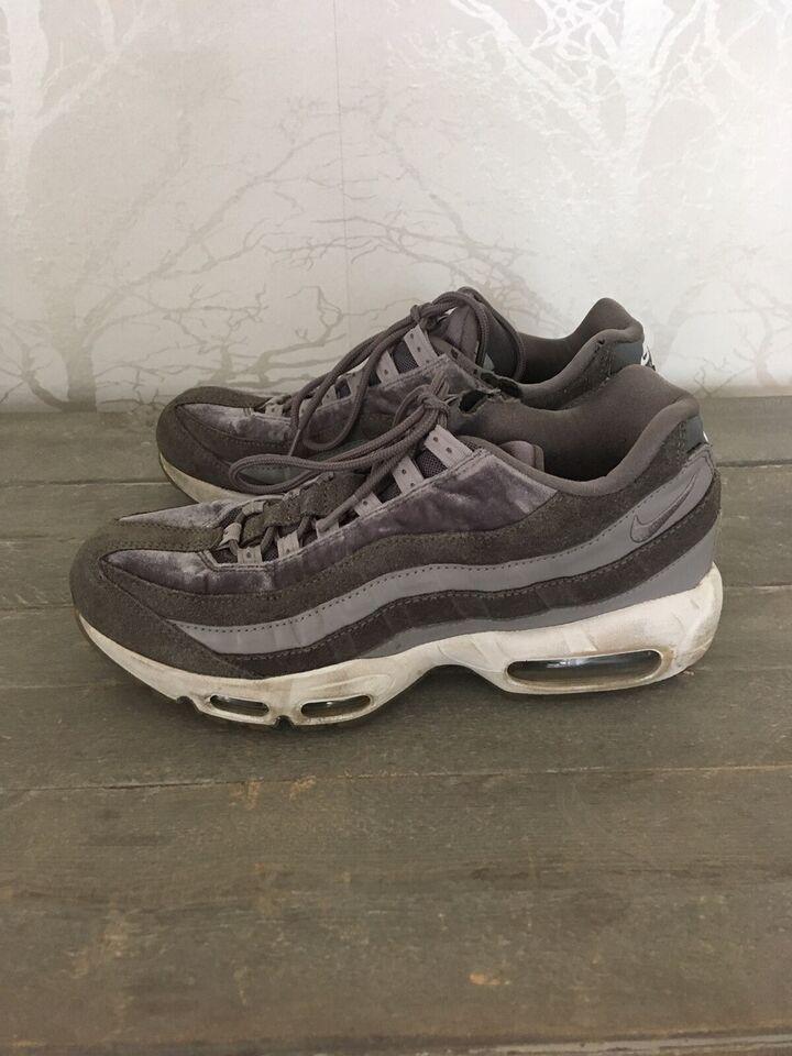 Sneakers, str. 40,5, Nike – dba.dk – Køb og Salg af Nyt og Brugt