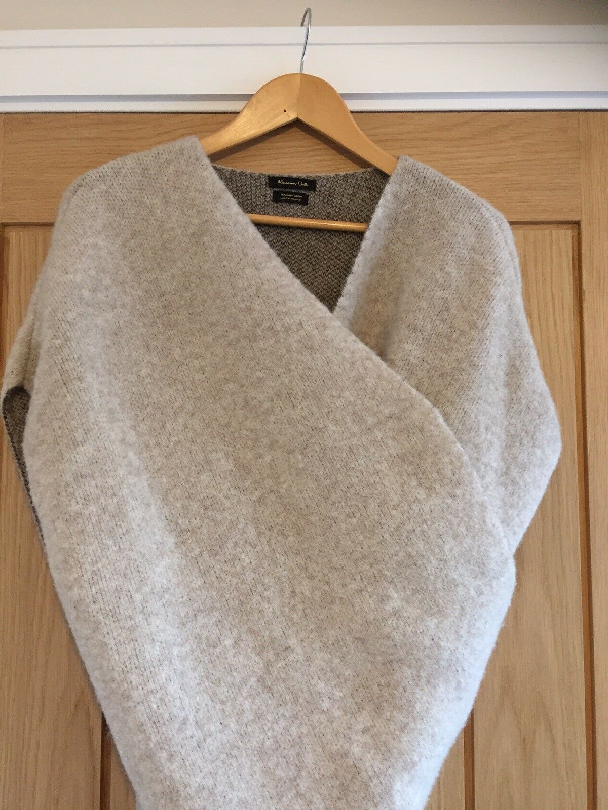Beautiful Massimo Dutti oatmeal, wool wrap. Hardly worn. (Small all sizes)