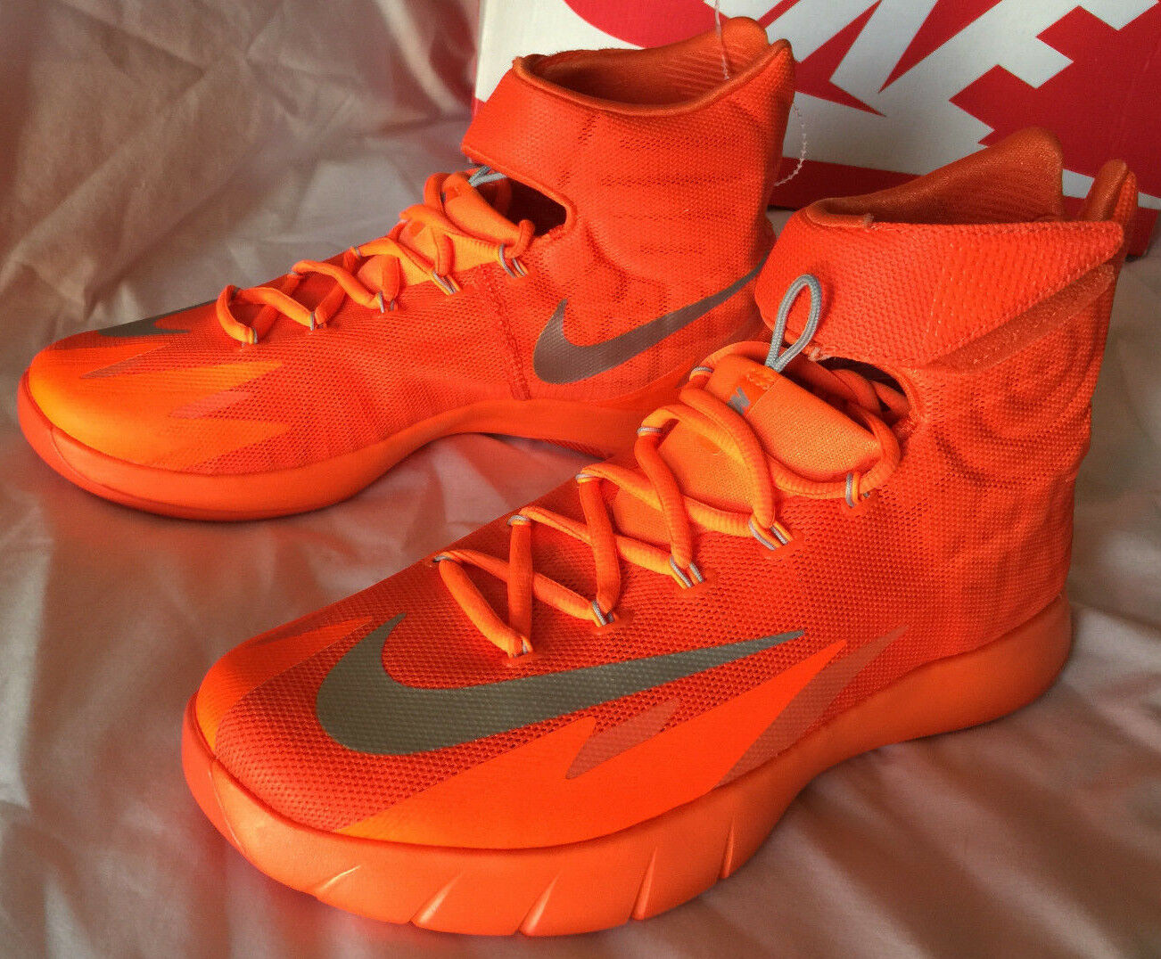 Nike Zoom Hyperrev Kyrie Erving 643301-803 Orange Basketball Shoes Men's 17 new