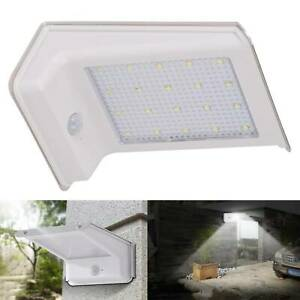 LED-Solar-Powered-PIR-Motion-Sensor-Security-Wall-Light-Outdoor-Gate-Garden-Lamp