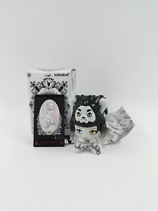 Kidrobot x Arcane Divination Dunny Series 2 The Lost Cards - Dark Strength RARE
