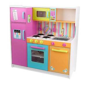 KidKraft 53100 Deluxe Big and Bright Wooden Pretend Play Toy Kitchen for  Kids - Multicolor
