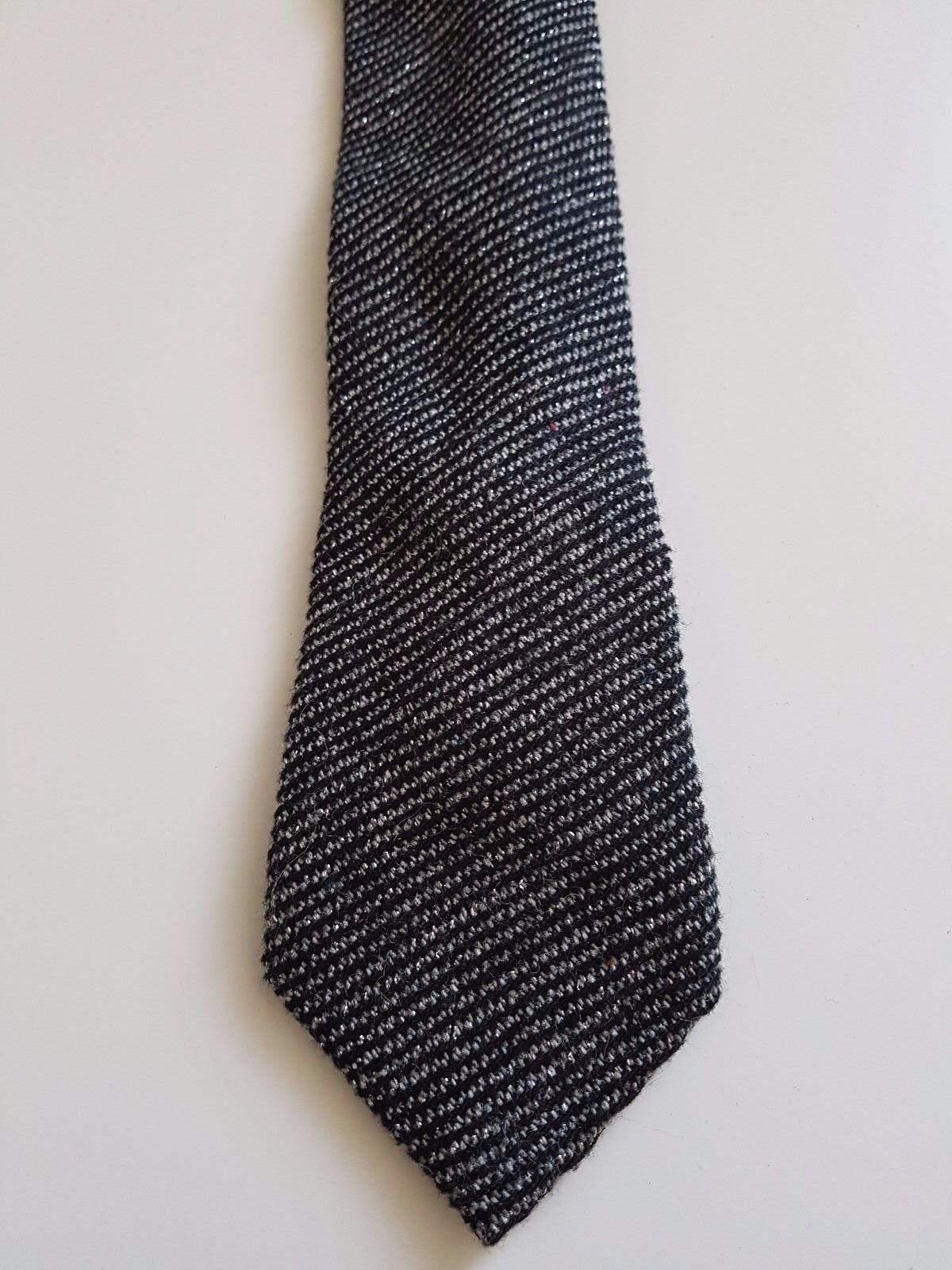 Grey short Tie