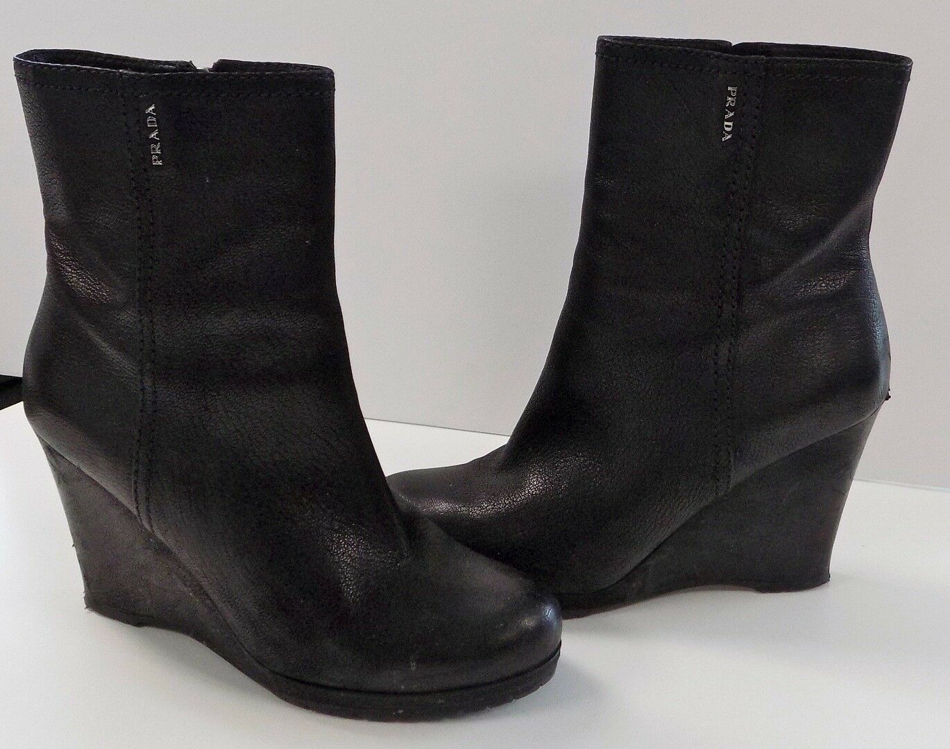PRADA Black Leather Ankle Bootie GUC Wedges Side Zip 4in Heel GUC Bootie Sz 40 B3993 709c07