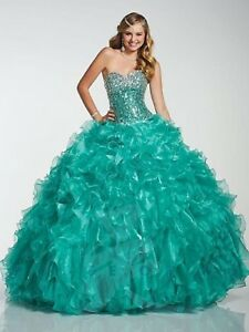 NWT-Quinceanera-Collection-26755-Size-6-Jade-organza-silver-jeweled-Ball-gown