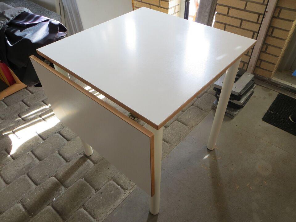 Køkkenbord