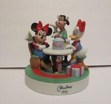 Disney Grolier LE Christmas 1992 Minnie Daisy Clarabelle Porcelain  Figurine