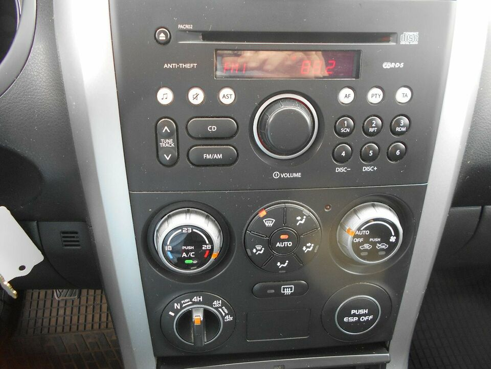 Suzuki Grand Vitara 1,9 DDiS GLS Diesel 4x4 4x4 modelår 2007