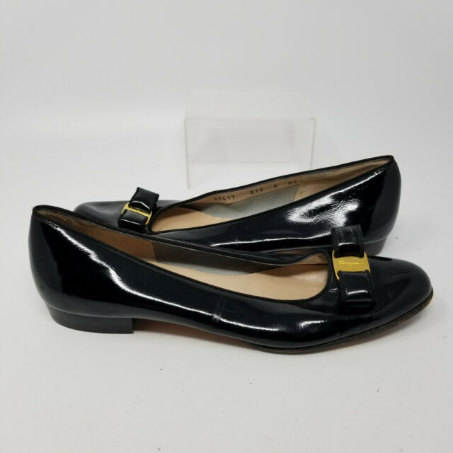 Salvatore Ferragamo Italy Black Patent Leather Flats Loafer Shoes Women Size 8