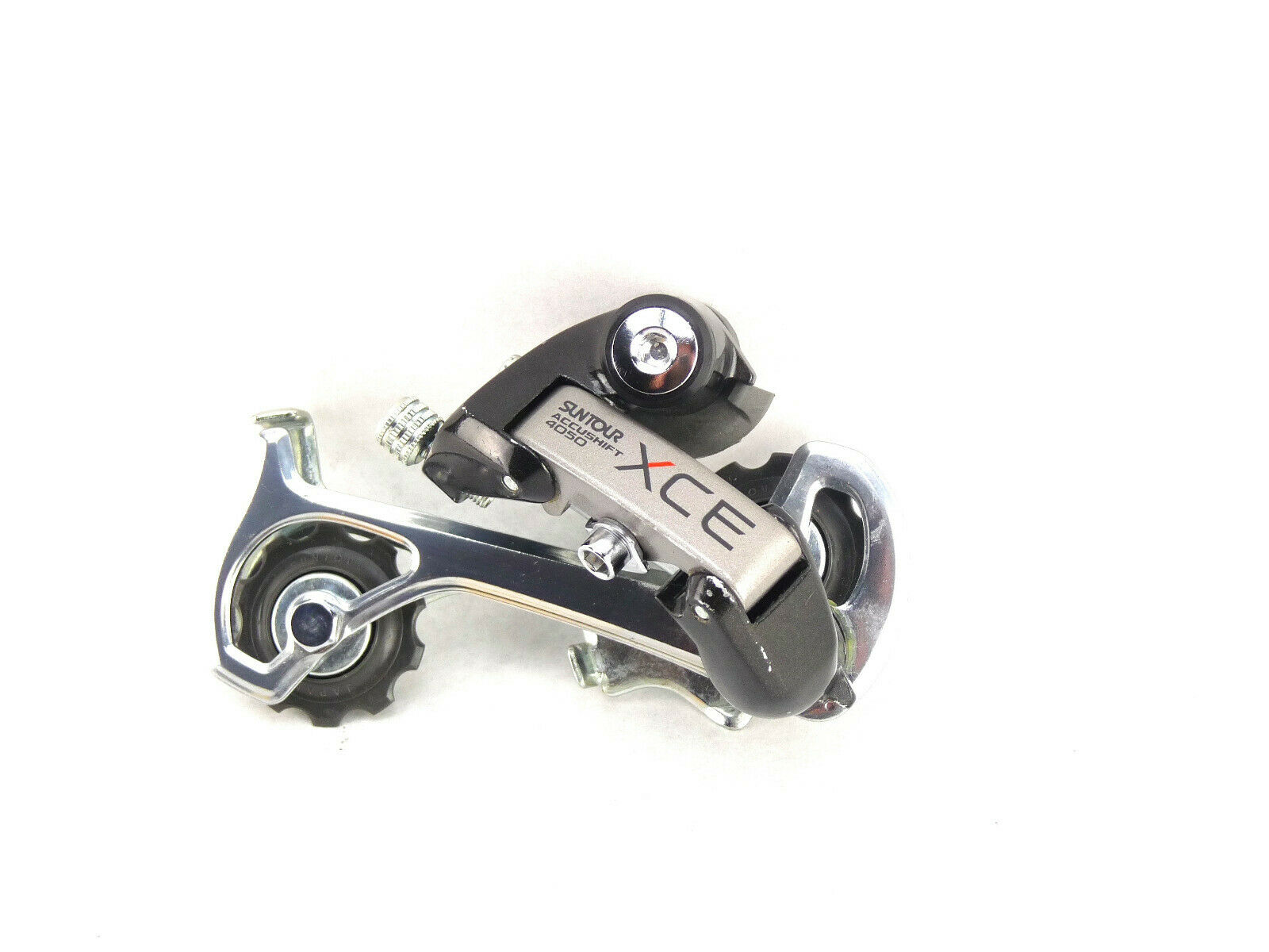 Suntour XCE Rear Derailleur  4050 Long Cage Accushift Vintage Mountain bike NOS  new style