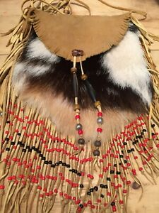 First-Nations-Leather-Pouch-With-Beads-And-Fur-Gorgeous-Hand-Made-Soft-Suede