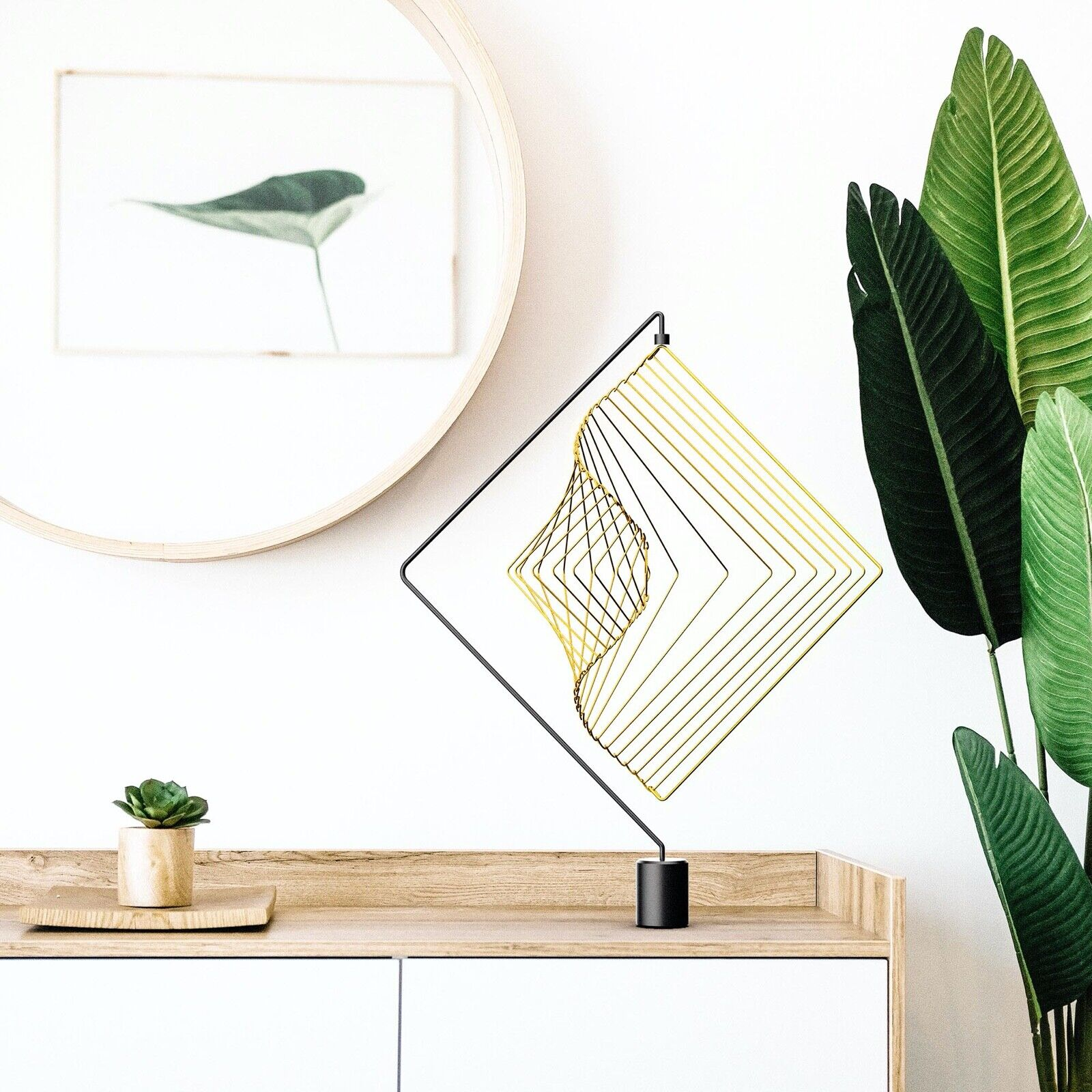 New Magnetic Stand with a Square Wave Lunar Gold by Ivan Black