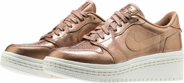 WMNS Nike Air Jordan 1 Retro Low Low Low SZ 9 Metallic Bronze AO1334-901 c39436