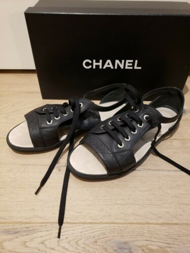 Chanel womens shoes 38.5