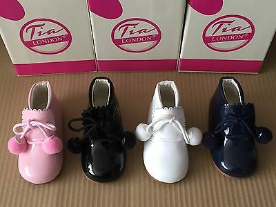 Clothing, Shoes & Accessories 100% True Unisex Baby-infant Spanish Style Patent Pom Pom Ankle Boots Pram/walking Shoes
