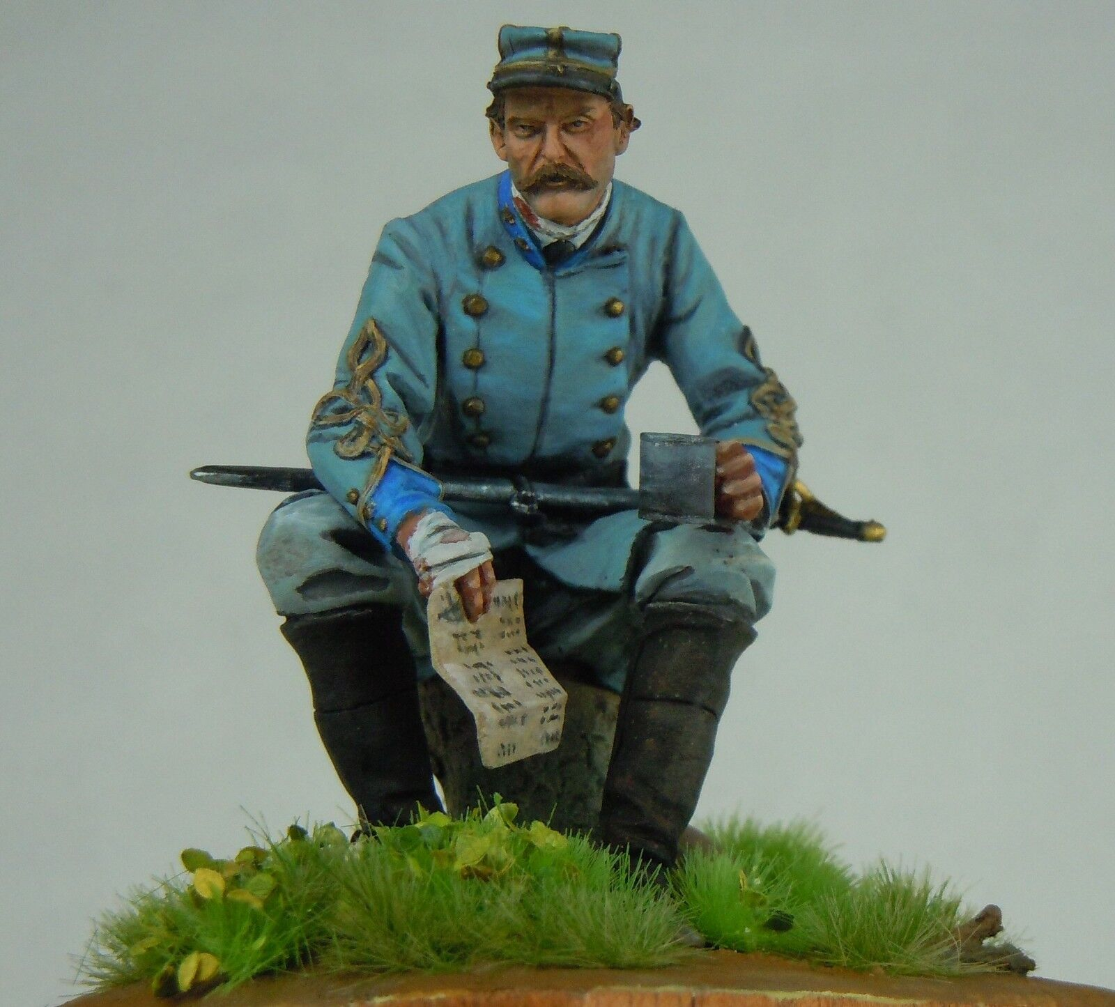 Confederate Officer Model Hand Painted white metal Scale 75 figure Wooden Plinth