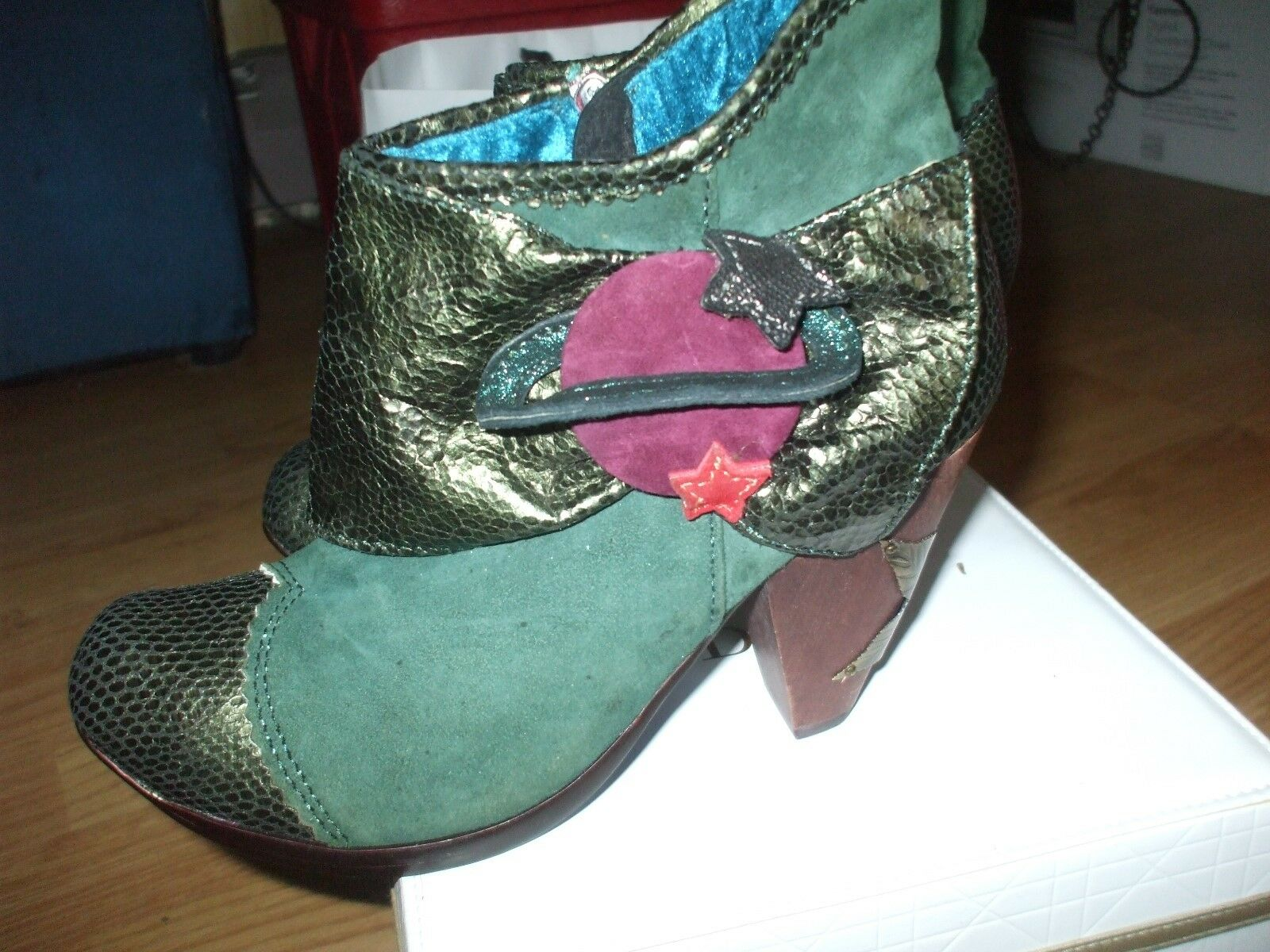 Rare green suede metallic leather star moon floral velvet ankle disco punk boots