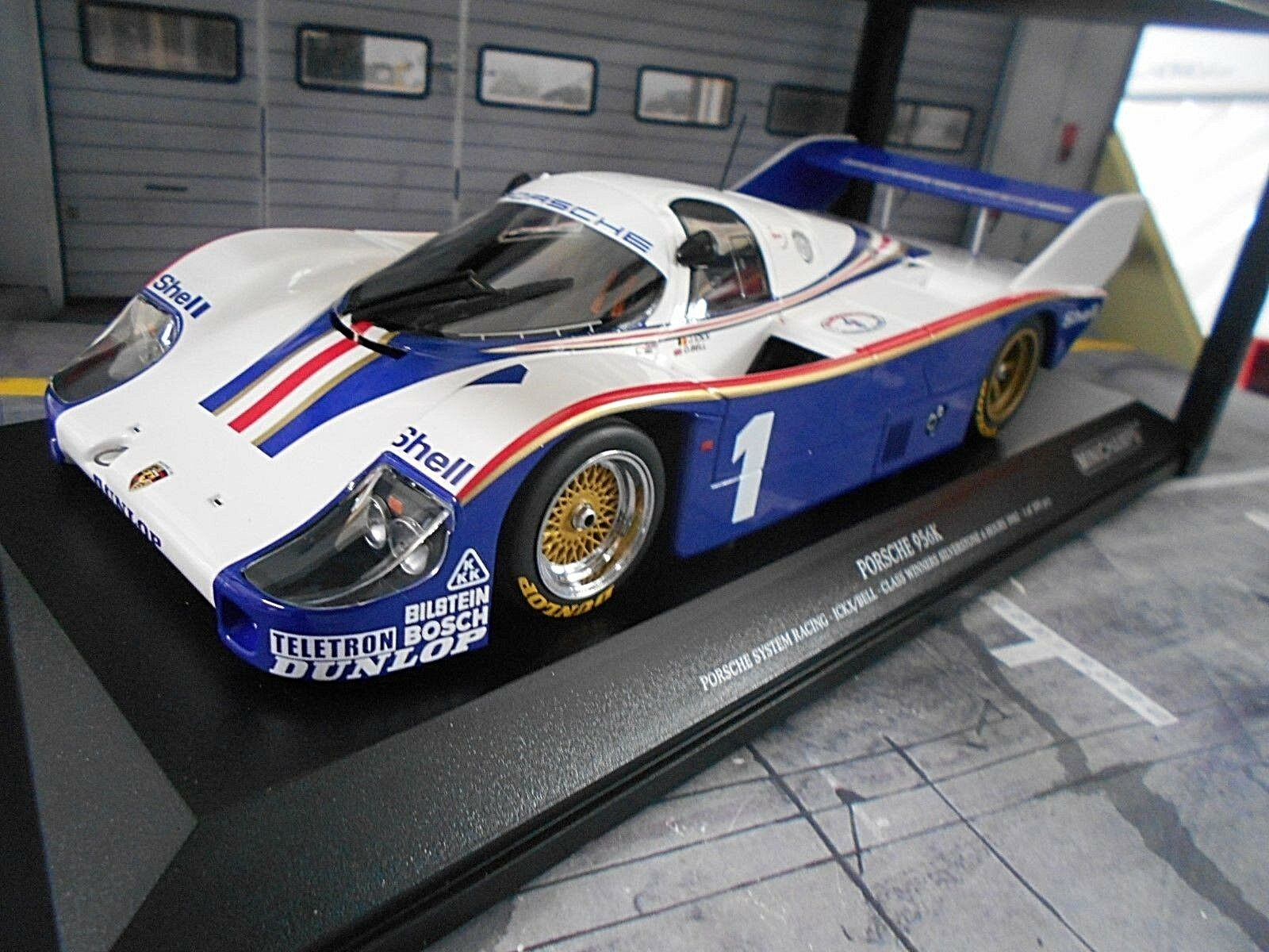 PORSCHE 956 K Gr.C 1982 Silberstone  1 Ickx Bell Winner Sieger Minichamps 1 18
