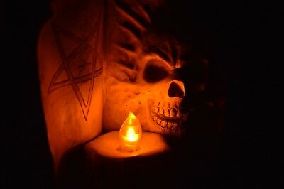 Superb Occult//Magic Spell Book Ornament with Flickering Candle LED Witchcraft