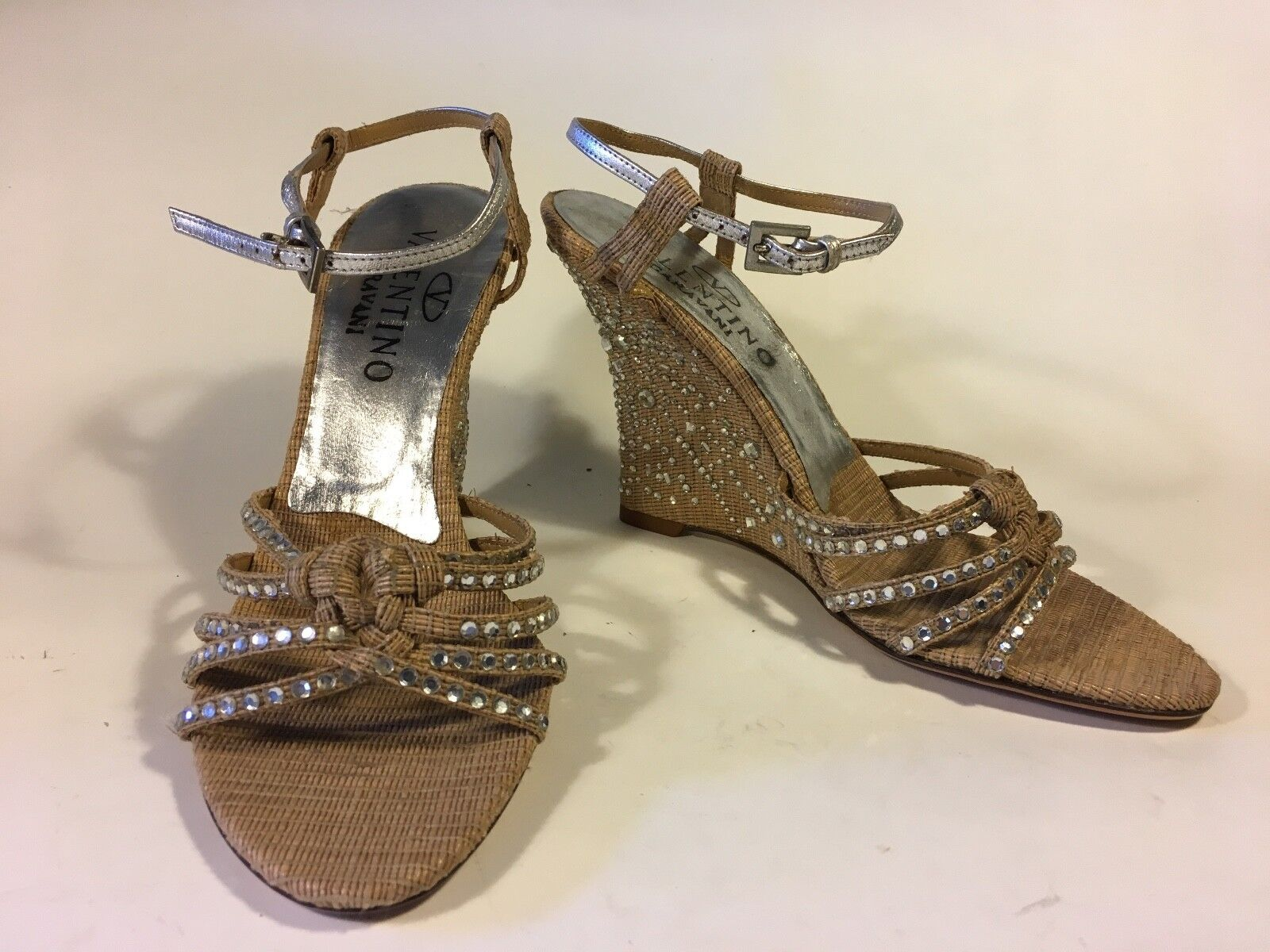 Valentino, wedge, Silber leather details, applied crystals to toe and heel 14