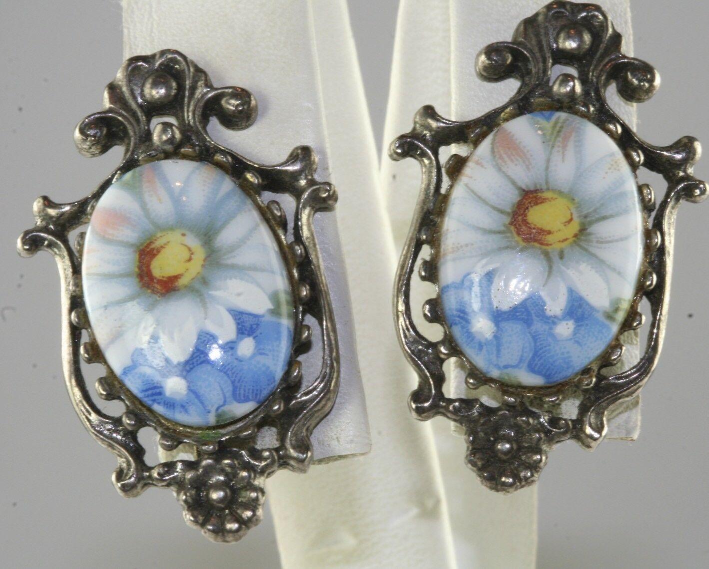 ab35e76f2 VINTAGE FLORENZA PAINTED PORCELAIN DAISY FLOWER EARRINGS CLIP npzanl7605- Earrings