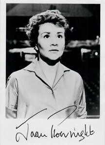Original-Autogramm-Joan-Plowright-Echtfotopostkarte-10x15cm