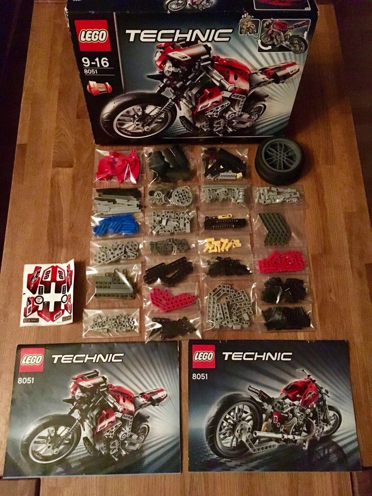 Lego Technic Technik 8051 Motorrad. 100% Komplett. Top Zustand. Neue Aufkleber