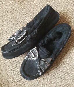 NEW-UGG-Ansley-Antoinette-lace-Bow-Slippers-Black-UK6-5-EU39-USA8-FIT-SIZE-6