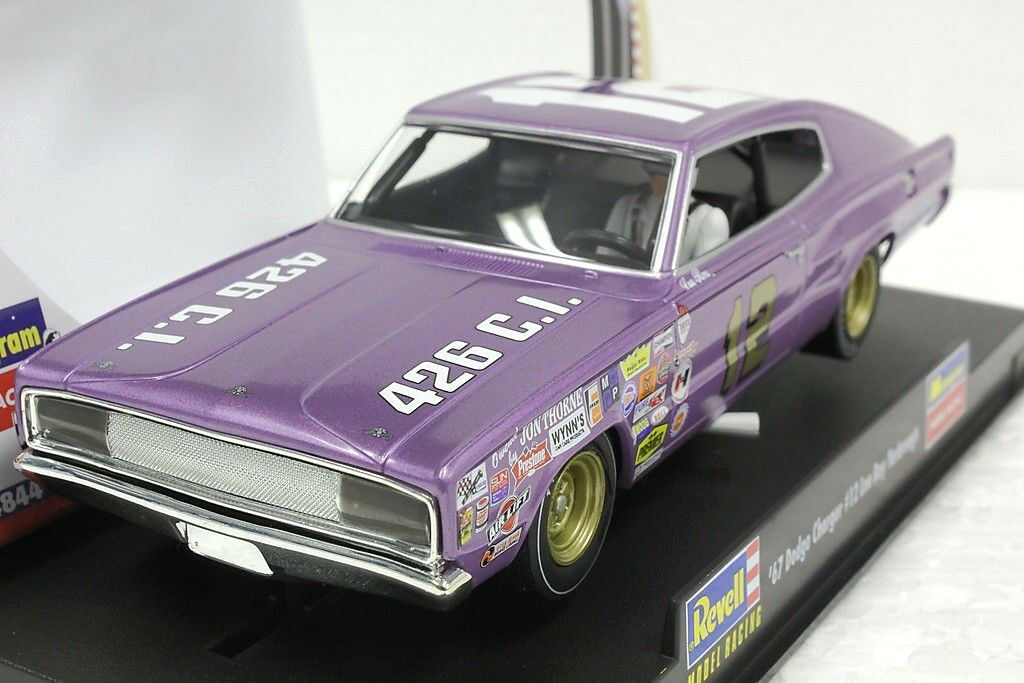 Revell monogram 1 1967 dodge charger lee roy yarbrough neue 1   32 - auto
