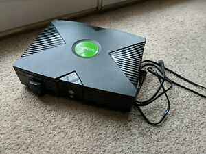 Microsoft-Original-Xbox-CONSOLE-ONLY-Untested-With-power-cord-POWERS-ON