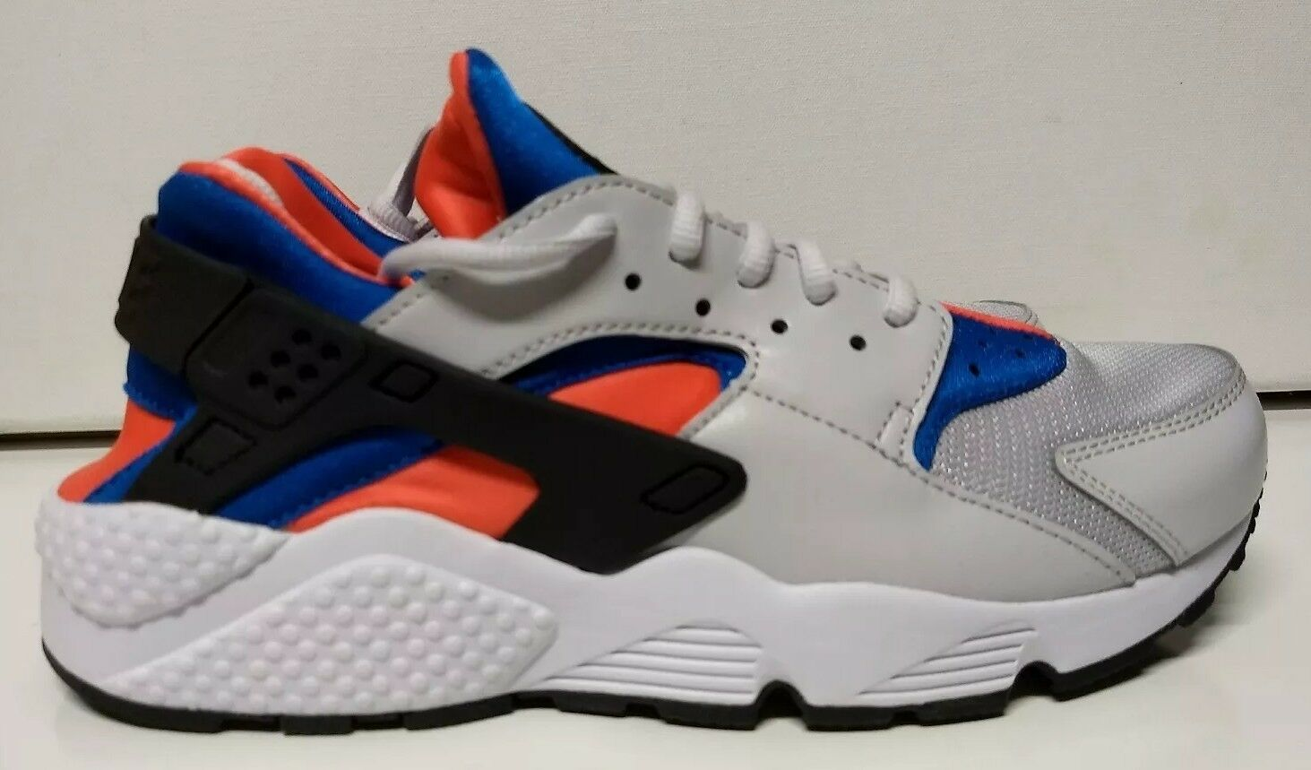 Nike WMNS Womens Air Huarache Run Size 9 Vast Grey White Running Shoe 634835-031