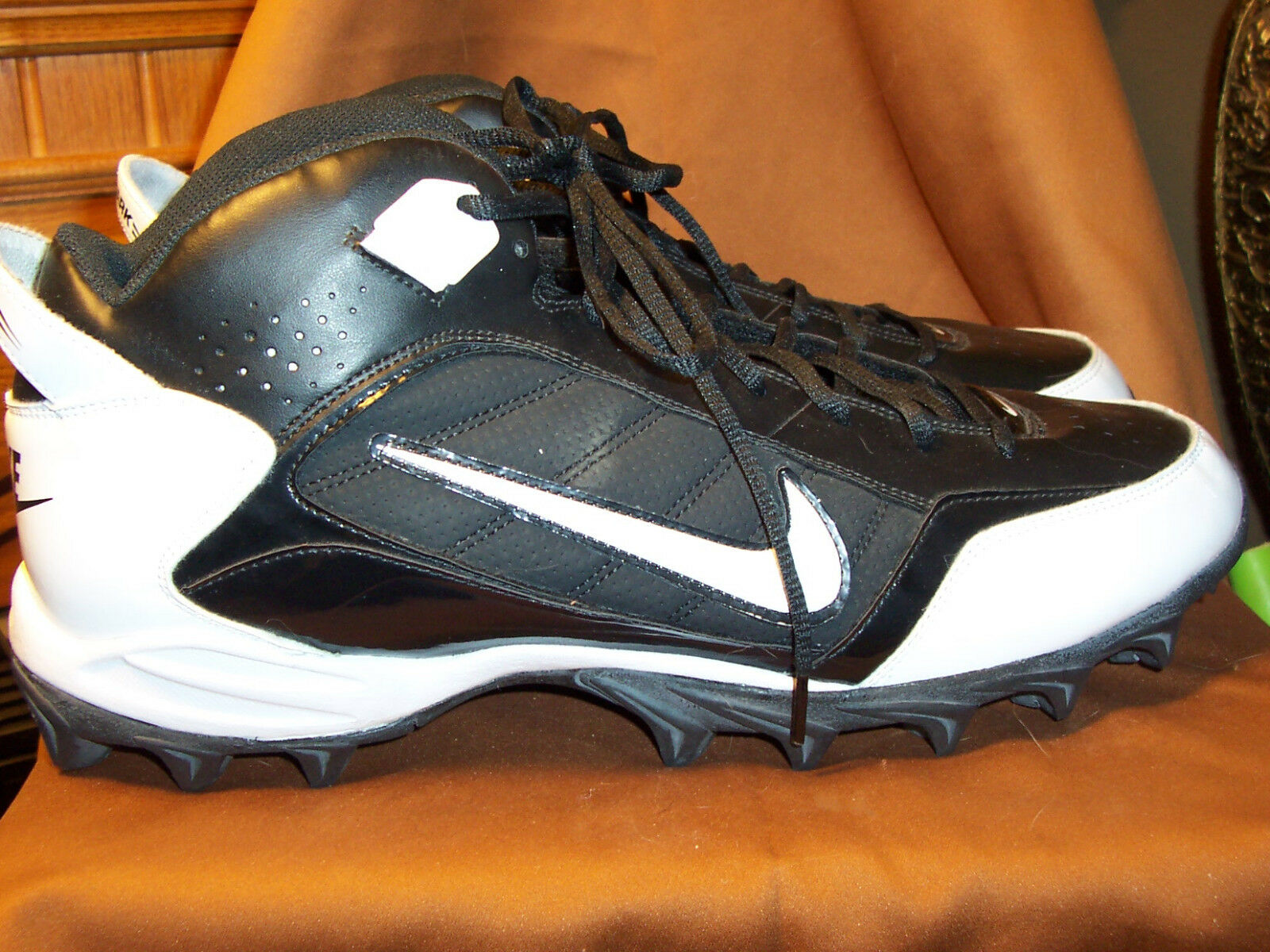 NIKE  LAND SHARK cleated football shoes black/white size 15M pristine condition The most popular shoes for men and women