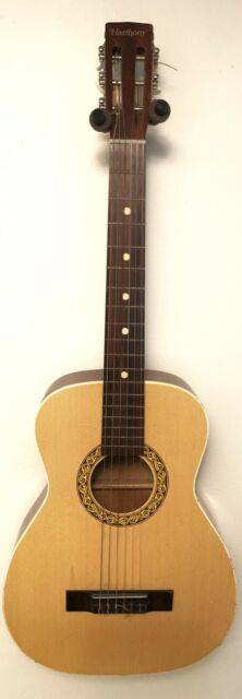 Vintage 60's Harmony USA Nylon String Classical Guitar Model H173 w/ Hard Case