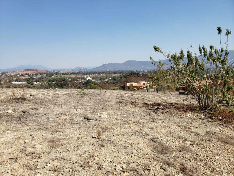 Venta de terreno plano en residencial Campestre el Divisadero Ixtapan de la Sal