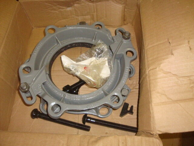 DRESSER 0160-0008-004 CLAMP ASSEMBLY   FREE SHIPPING