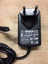 carica batteria MOTOROLA DCH4-050MV-0301 SPN5202 220V uscita 5V 850mA connettore
