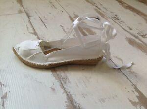 Sandales-femme-Pare-Gabia-Neuves-Modele-Dirkine-84-00